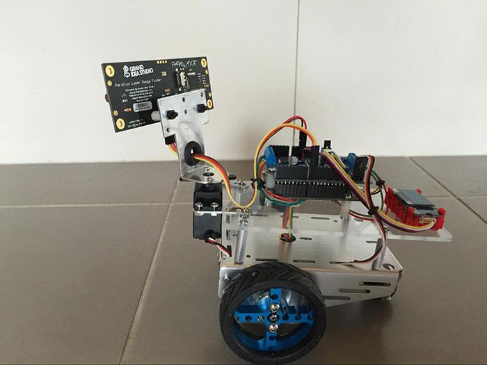 TECH INFO 利用Parallax激光传感器制作Arduino激光机器人—第1部分