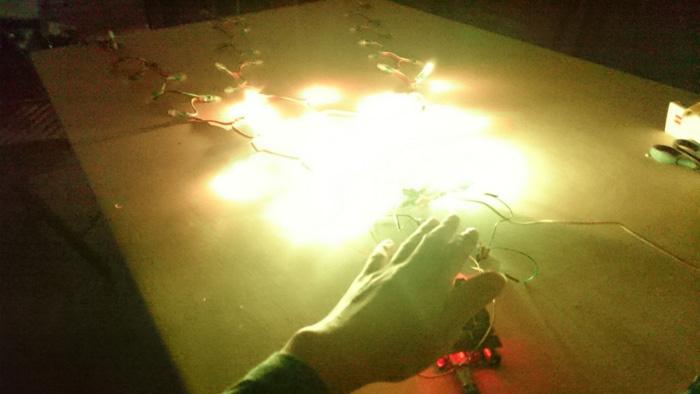 TECH INFO 利用接近传感器制作Arduino LED节日彩灯