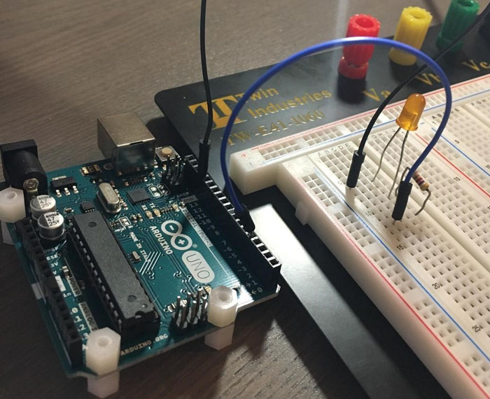 第一个Arduino项目的分步指南 图3