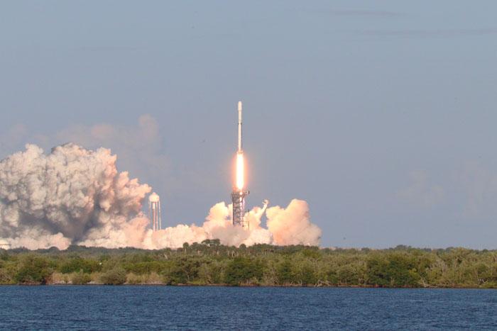 Inside the Falcon Heavy Rocket